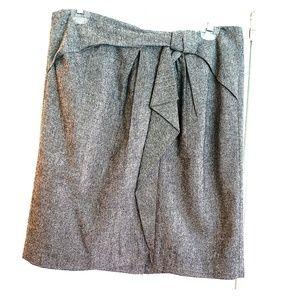 Banana Republic wool skirt with fabric detail.